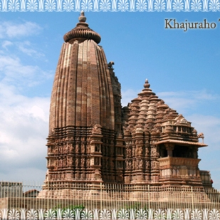 alone-temple-khajuraho