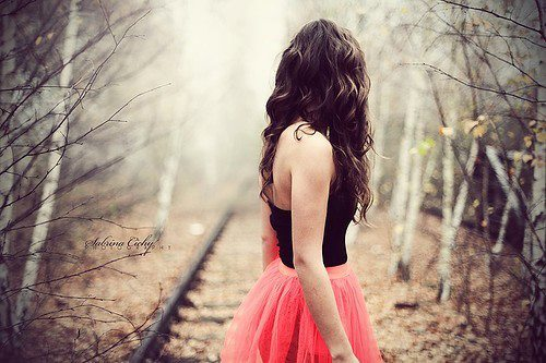 sad alone miss u waiting girls wallpapers (3)